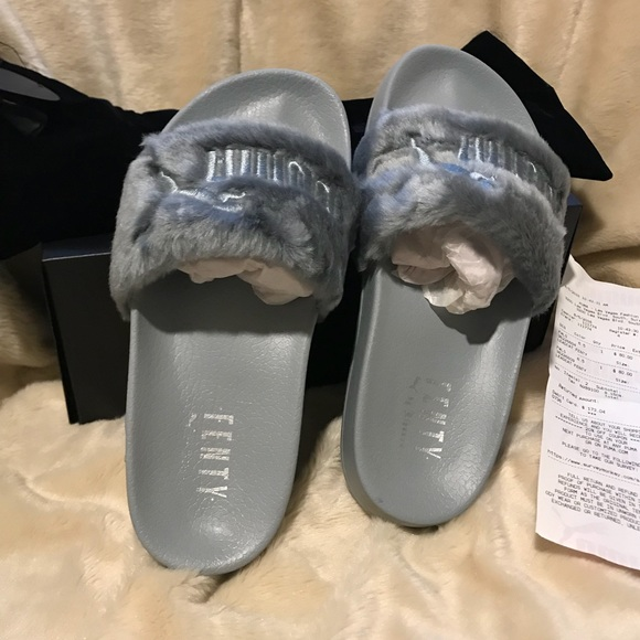 huge selection of 9e19b 30578 Puma Fenty by Rihanna- fur slides